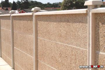 Faire Un Mur De Clôture En Plaque Béton Décorative Imitation Bois - Cloture de jardin en beton